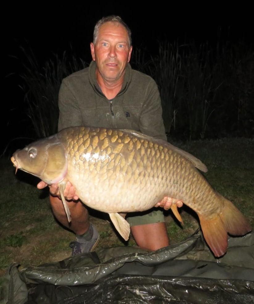 carp fishing holiday france