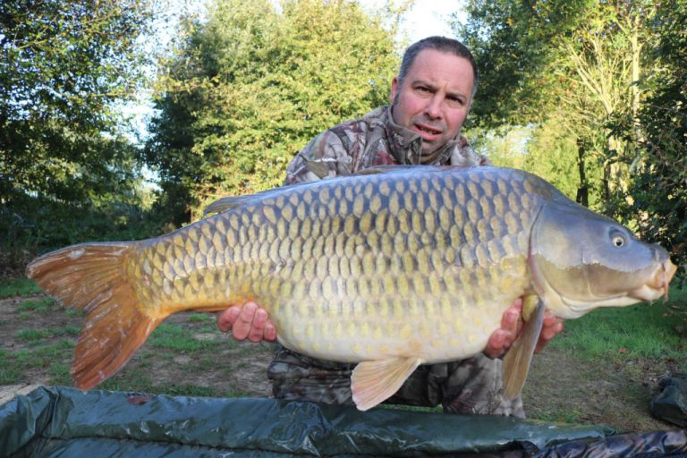 carp fishing holiday france